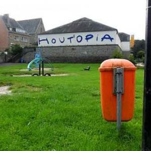 8. Houtopia, vue des terrains de tennis.