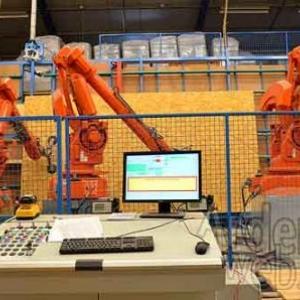 Libramont exhibition and congress hall construit par trois robots de Mobic sa-7157