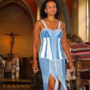 Defile au sein de la chapelle de RENDEUX du 2 octobre 2004 - photo 123