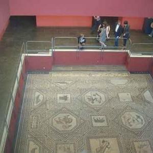 04: Mosaique de Dinoysos - Musee Germano-Roman