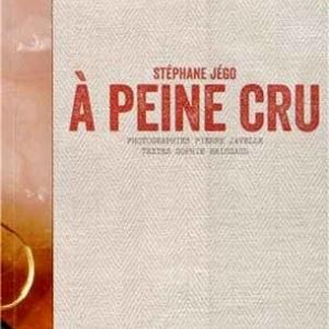 """Livre """"A peine cru"""" de Stephane Jego"""