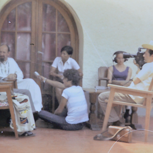 1971, Marcel Thonnon filme pour Visa pour le Monde RTBF