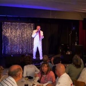 chanteur Jean-Lou. Photo C.Kerf-4645
