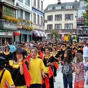 Viviane 1ere Reine du Carnaval du soleil 2012 - photo- 8897