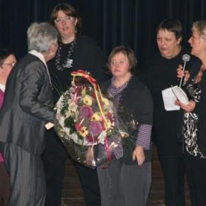 Hommage rendu a Mme Beaupain ( Photo d' Olivier Charlier )