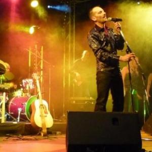 45. Patrice Bougenies alias Elvis et son orchestre