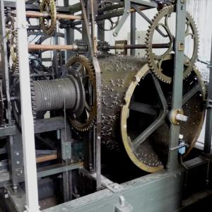 Le tambour du carillon de la cathédrale de Malmedy ( photo F. Detry )