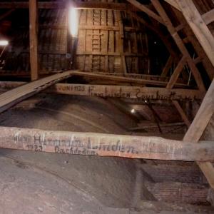Des poutres de la nef de la cathédrale de Malmedy ( photo F. Detry )