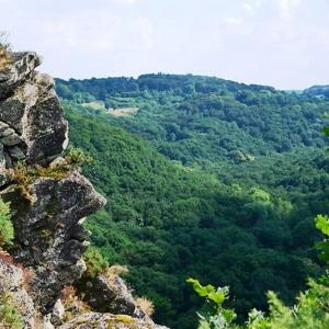 13) La Roche d'Oëtre, joyau de la Suisse normande