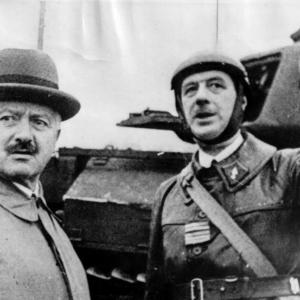 1939 Albert Lebrun ( président de la République française du 10 mai 1932 au 11 juillet 1940 ) et de Gaulle