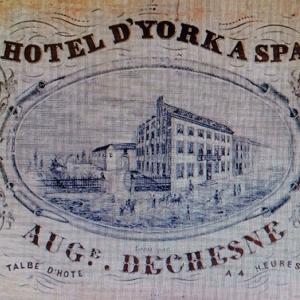 l'Hôtel d'York, toujours debout rue Xhrouet et longtemps siège de l'Académie de Spa.
