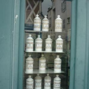 Vitrine de pharmacie