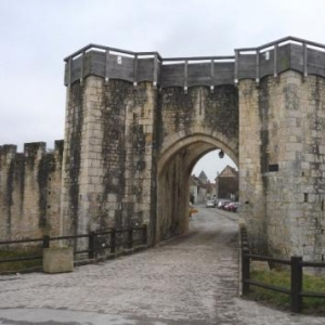 Porte St Jouy