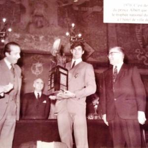 1970 Trophee remis par le Prince Albert