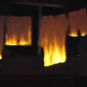 Des recits de maisons incendiees