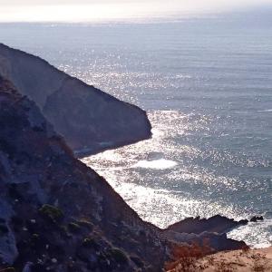 Vue imprenable sur la plage dos Lagosteiros en contre-bas ( Photo F. DETRY)