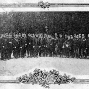 Les gardes-civiques d'Anvers  le 7 juin 1908 (© Roger Renard).