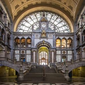 2) Antwerpen-Centraal (Anvers, Belgique)