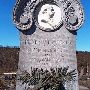 2) La tombe du célèbre compositeur-violoniste Henry Vieuxtemps (1820-1881)  (Photo F. Detry )