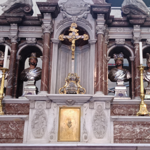 2 Le maître - autel