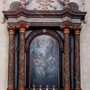 2a L' autel de la Vierge