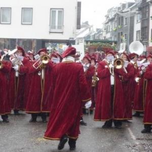 """Fanfare Royale """" L' Echo de la Warche """" en Maitres Vignerons"""