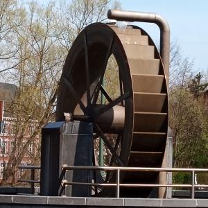 3. La roue à aubes  ( photo F. Detry )