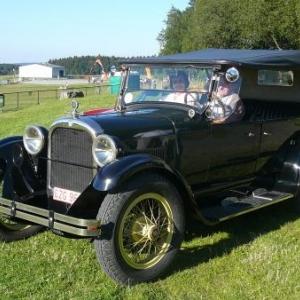 Vehicule du Retromobile de Spa