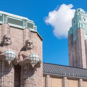 4) Gare centrale d'Helsinki (Helsinki, Finlande)