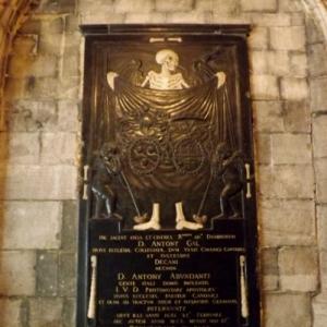 Liege : le cloitre de la Cathedrale St Lambert