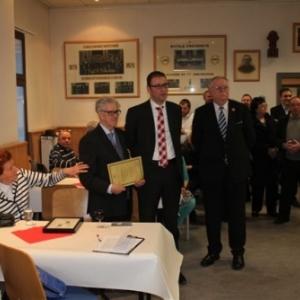 """Reception """" Royale Malmedienne """" : Henri, le Bourgmestre JP Bastin et le President de la Federation musicale ( photo de Michael ALMER )"""