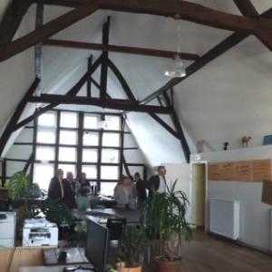 2eme etage : espace pour reunion, activités et informatique
