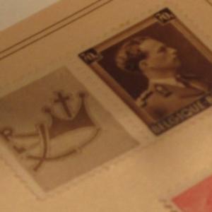 Le timbre royal avec celui de Rex