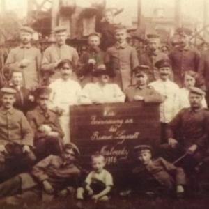 En 1916, des soldats malmediens sous le drapeau de l ' Empereur allemand