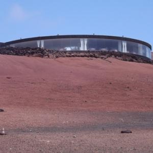 El Diablo (restaurant situe dans le parc national de Timanfaya, au milieu de volcans actifs avec un grill installe au-dessus d'un orifice volcanique)