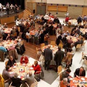 Les tables des convives ( Photo Denis DOSQUET )