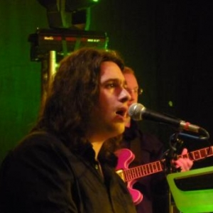 46. Patrice Bougenies alias Elvis et son orchestre