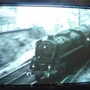 Projection audiovisuelle : entree en gare a Herstal