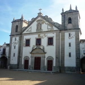 L'église Notre Dame du Cap Espichel  ( Photo F. DETRY )