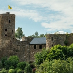 07.05  Burg Reuland ( Photo : eastbelgium )