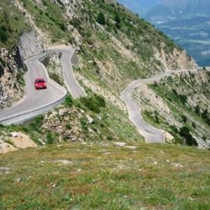 La route du Col du Noyer et ses nombreux virages