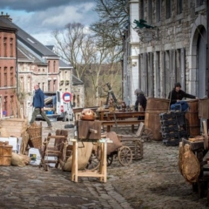 """Les preparatifs du tournage ( Photo """" L' Avenir """" )"""
