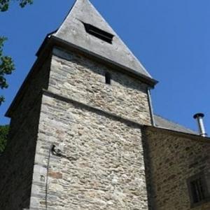 Le clocher de l'eglise St Aubin ( 15eme s. )