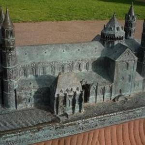 La Cathedrale de Worms en reduction