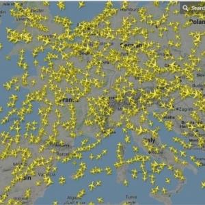Carte 2 : les avions en vol en temps reel