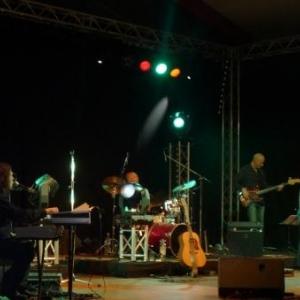 36. Patrice Bougenies alias Elvis et son orchestre