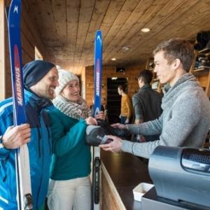 Location de skis ( Photo East Belgium )