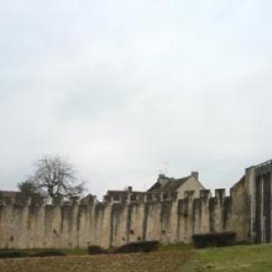 Remparts et Porte de Jouy
