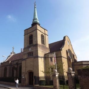 St. George's Memorial Church pour les soldats anglais et du Commonwealth ( consacré 1929 )