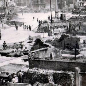 Malmedy apres les bombardements ( Photo de F. Freches)